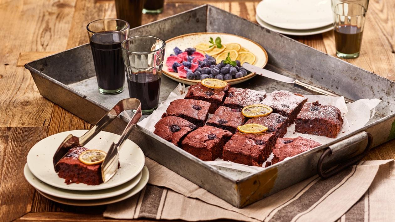 Brownie aux betteraves rouges et myrtilles