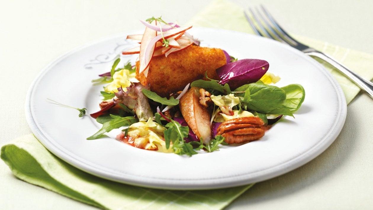 Feuilles du jardin aux poires et au Camembert frit
