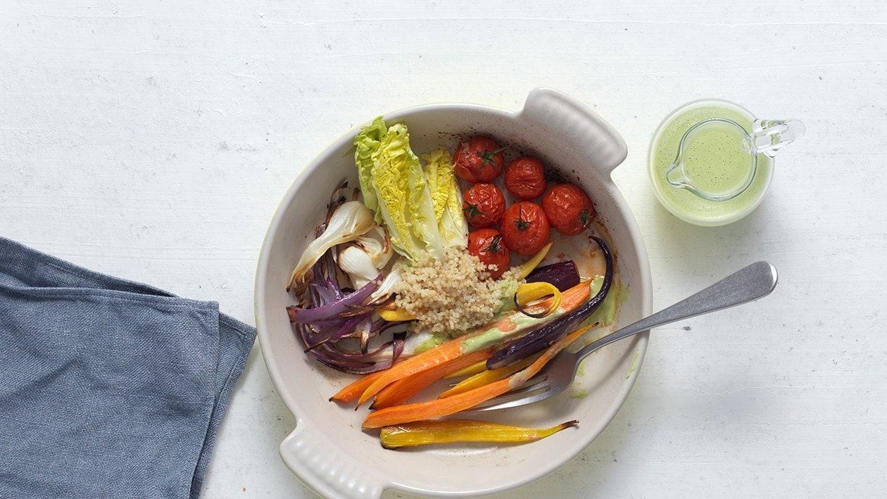 Salade de légumes au quinoa et crème de féta