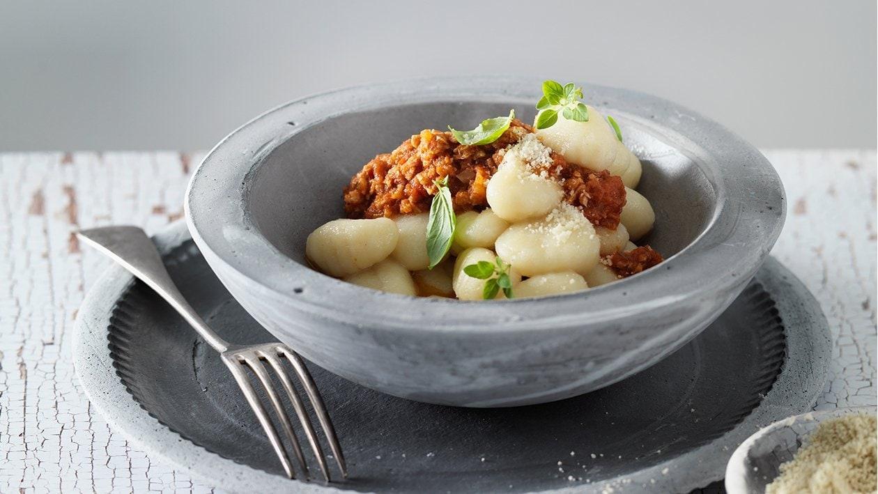 Gnocchi à la bolognaise et fromage véganes