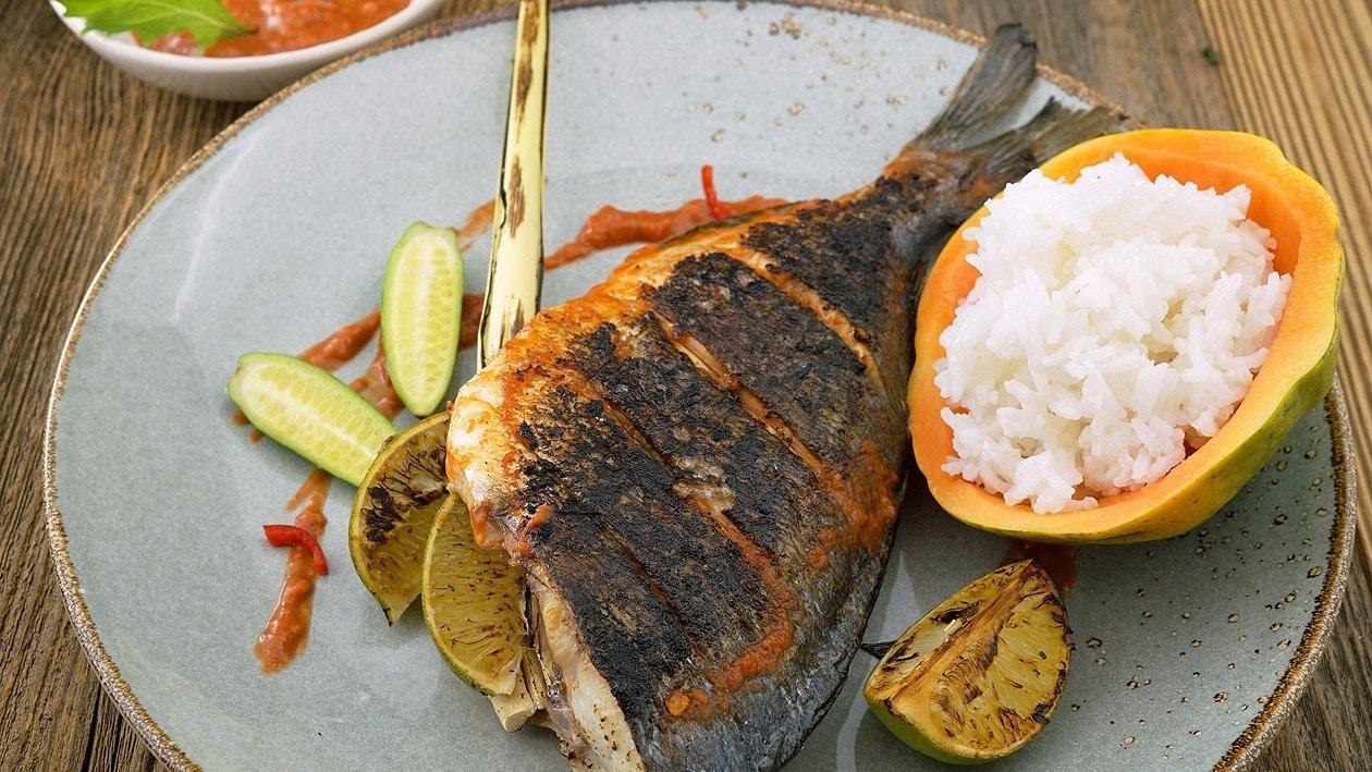 Ikan Rica Rica, dorade grillée à la mode de Manedo