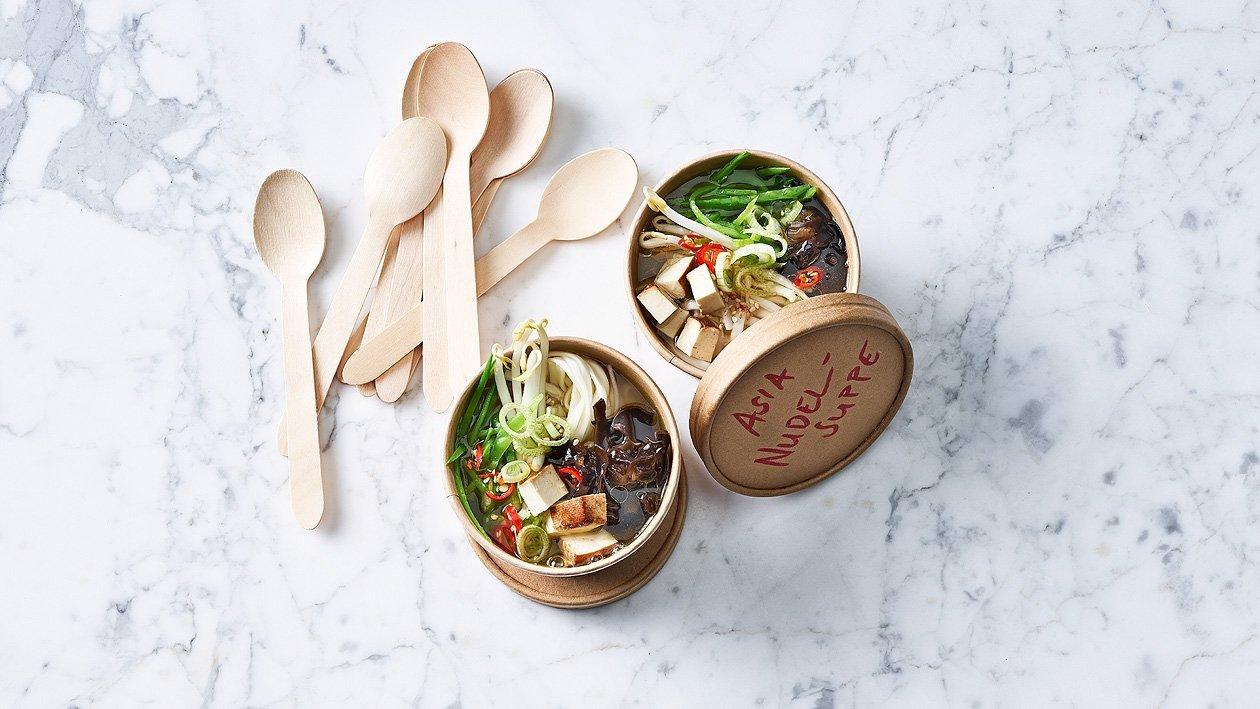 Soupe de nouilles ramen aux légumes et tofu (à l'emporter)