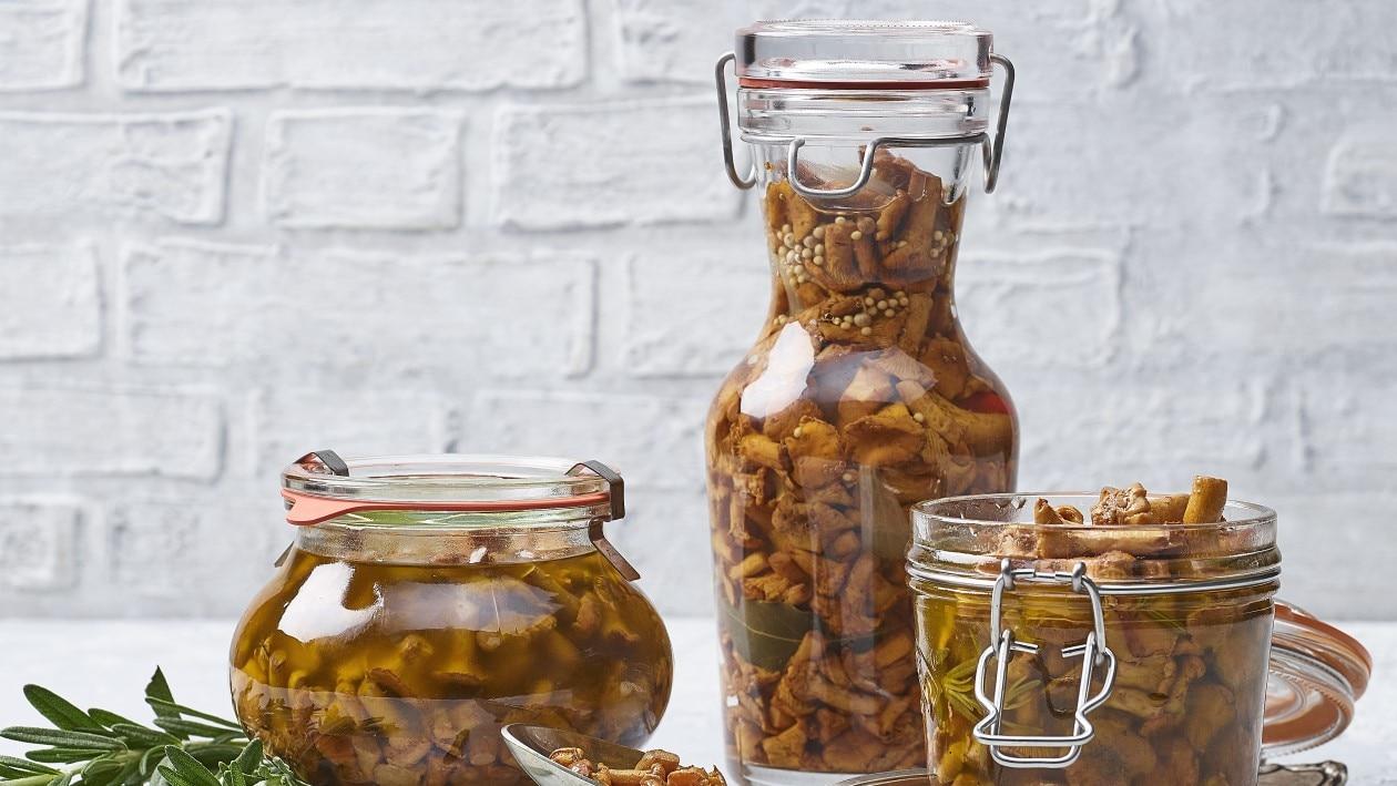 Chanterelles conservées dans l'huile