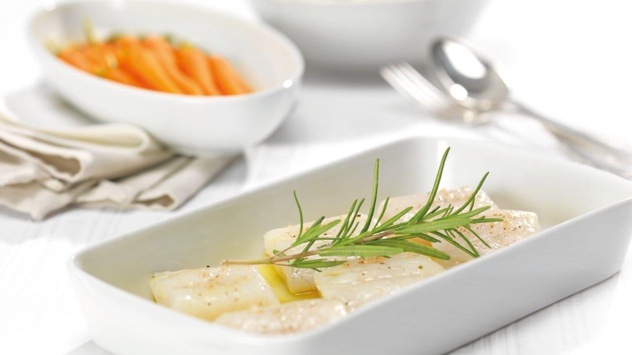 Filet de sandre confit avec riz et baby-carottes