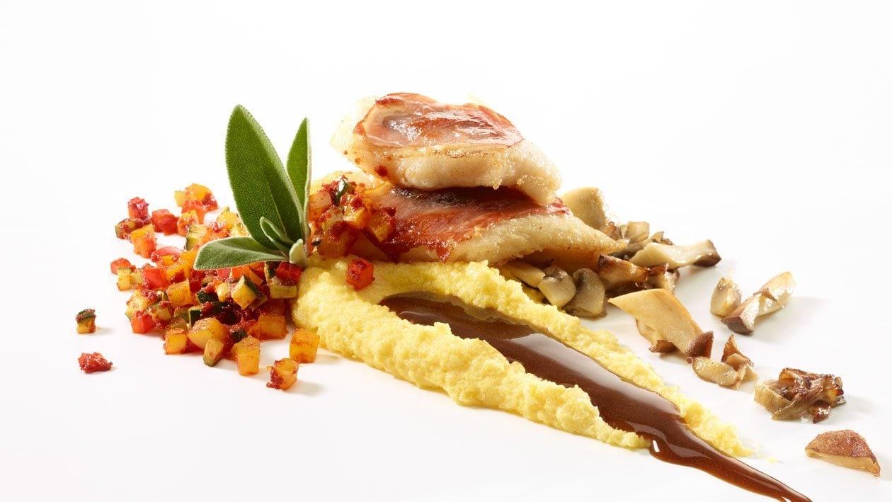 Saltimbocca de flétan à la polenta et ratatouille